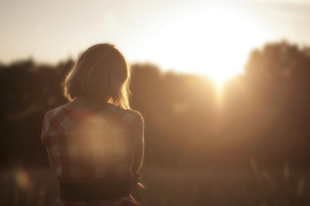 Na nossa inquietação existencial, sempre buscamos a Deus. A procura sincera por Deus se faz na simplicidade do coração, na humildade e pobreza.
