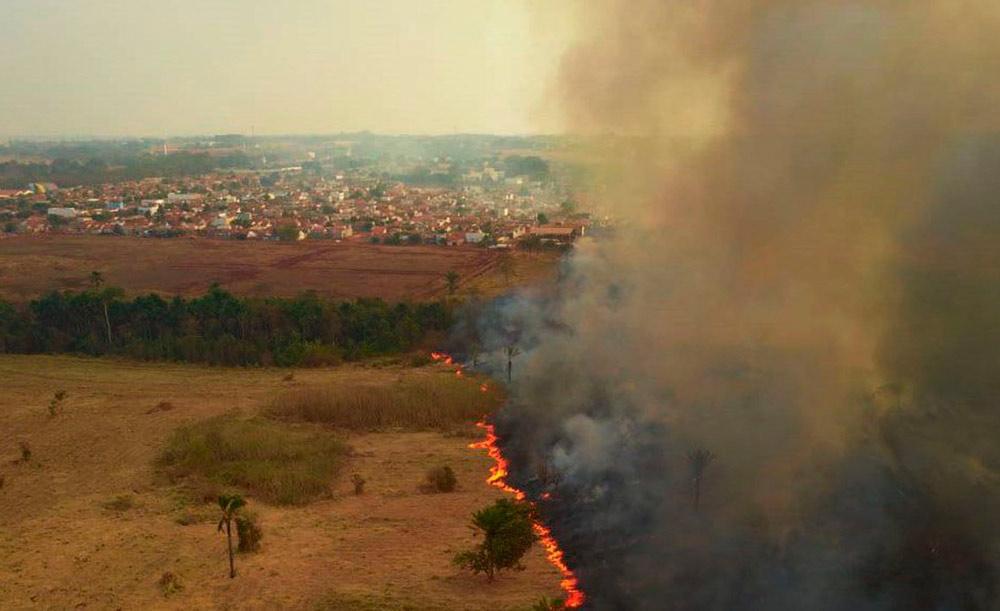 Partículas causadas por incêndios são mais presentes nas regiões Norte, Sul e Centro-Oeste
