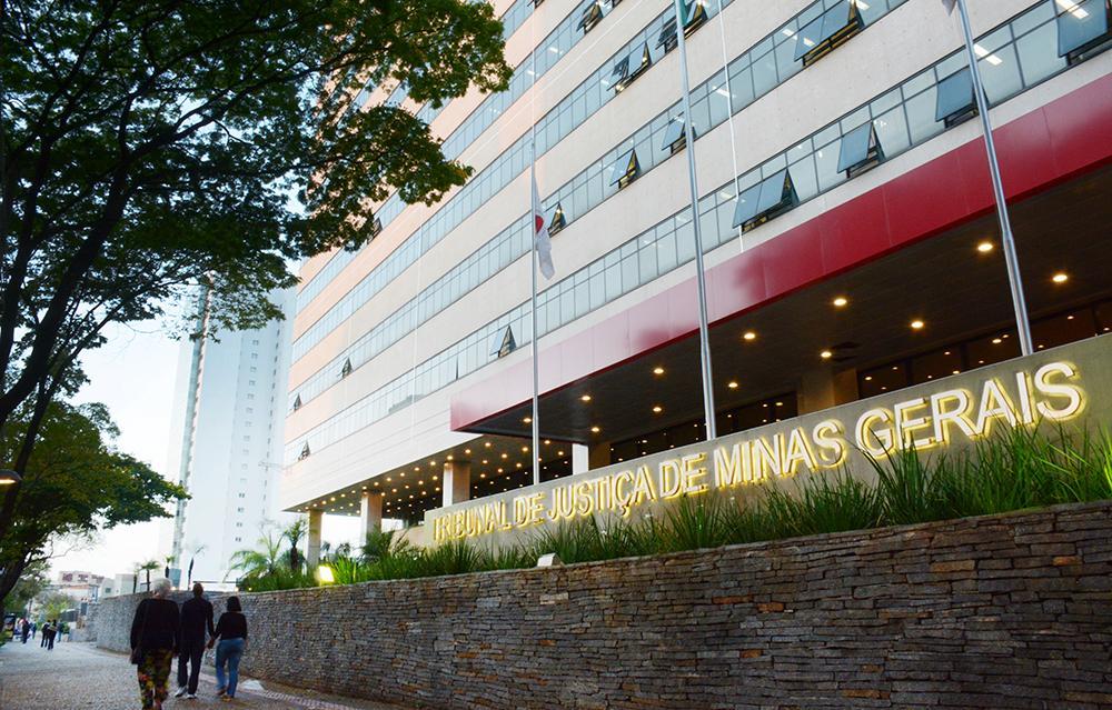 Problemas em imóvel acarretaram reparação de mais de R$ 160 mil