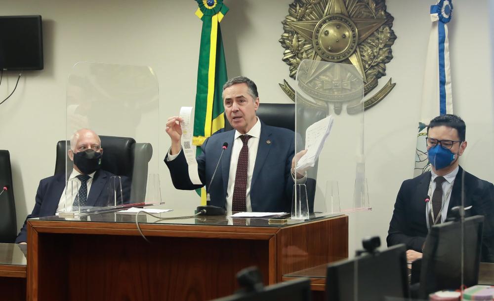 Coletiva de imprensa com o ministro Luís Roberto Barroso