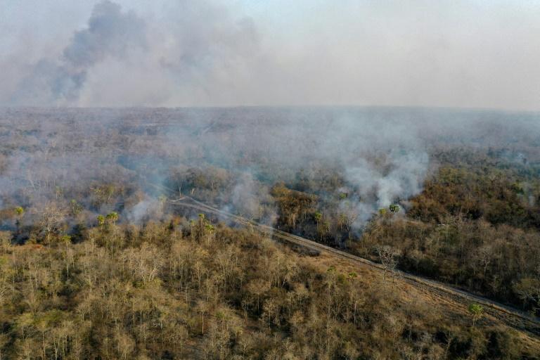 Vista aérea dos incêndios florestais próximos a San Matias, no departamento de Santa Cruz, na Bolívia