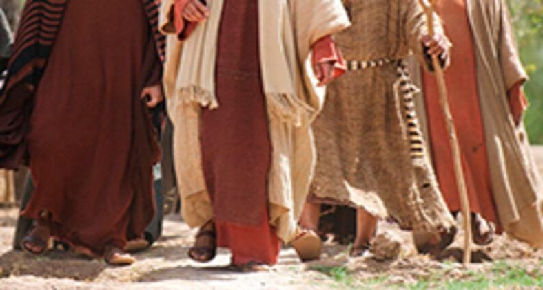 A sensação de errância nos leva a perguntar como o discípulo: 'A quem iremos, Senhor?' (Lumo Project/Free Bible Images)