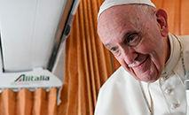 Coletiva de imprensa no voo de regresso a Roma (Vatican Media)