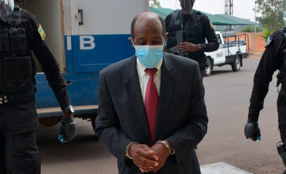 Paul Rusesabagina se recusou a comparecer no tribunal e acusa julgamento de político