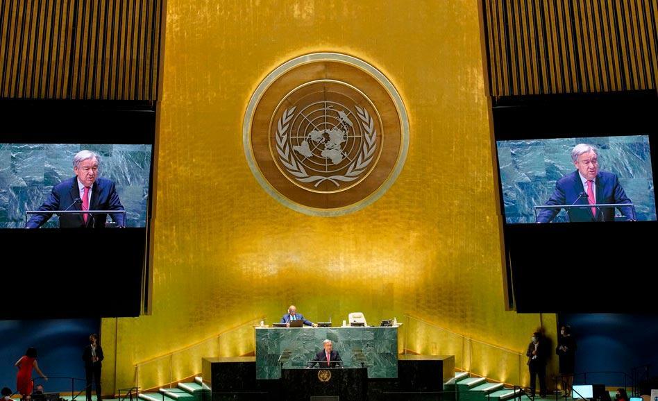 'Enquanto milhões passam fome, bilionários se divertem indo para o espaço', disse Guterres