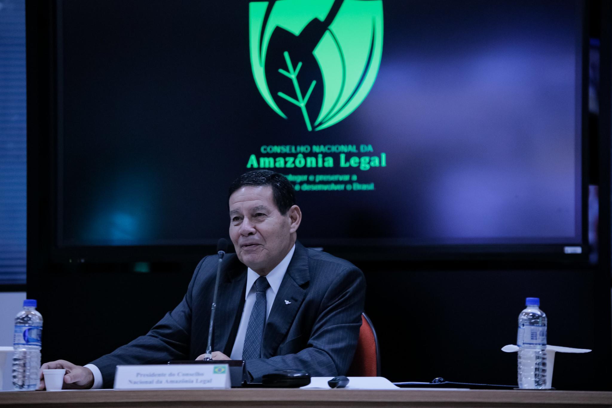 Amazônia perdeu 1.606 km² de vegetação em agosto