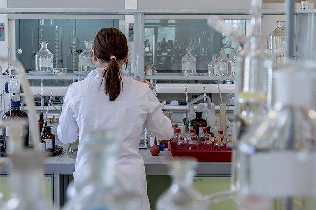É evidente o desafio com o qual os cientistas e os legisladores se deparam diante da engenharia genética