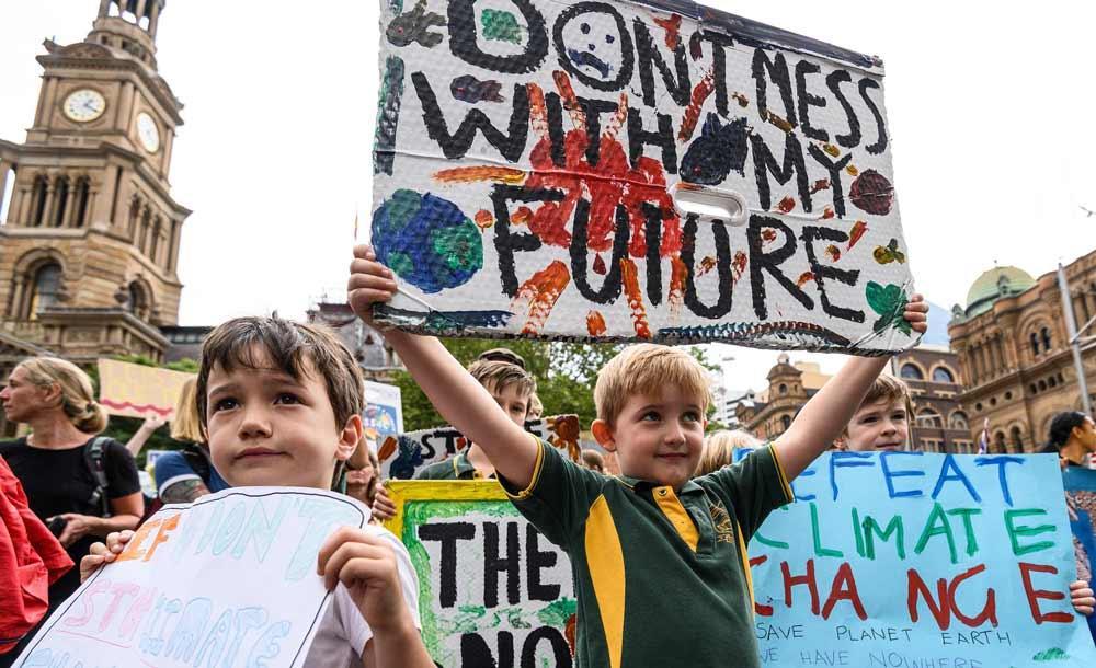 Crianças protestam pelo meio ambiente, em Sydney, Austrália
