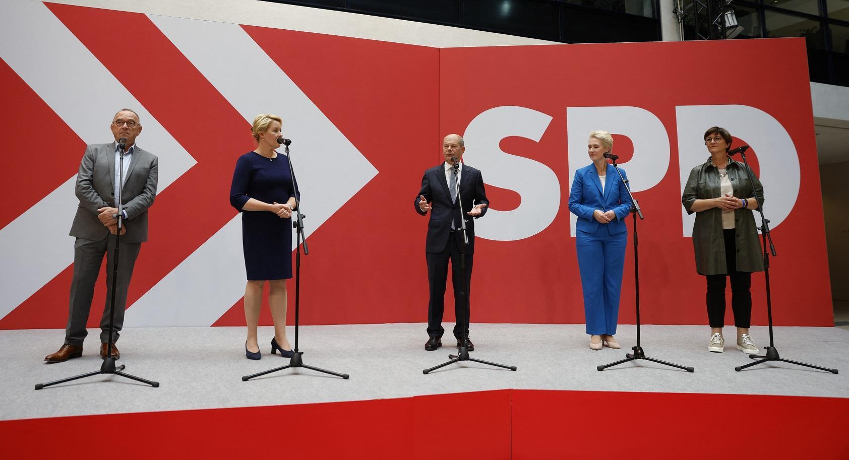 A política alemã está se tornando mais colorida. Esta é uma oportunidade para enfrentar as grandes questões do futuro. Mais digital e mais preocupada com o clima