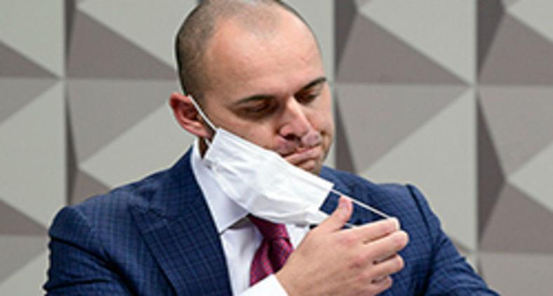 Comissão Parlamentar de Inquérito da Pandemia realiza oitiva do diretor-executivo da operadora de saúde Prevent Senior, Pedro Benedito Batista Júnior (Edilson Rodrigues/Agência Senado)
