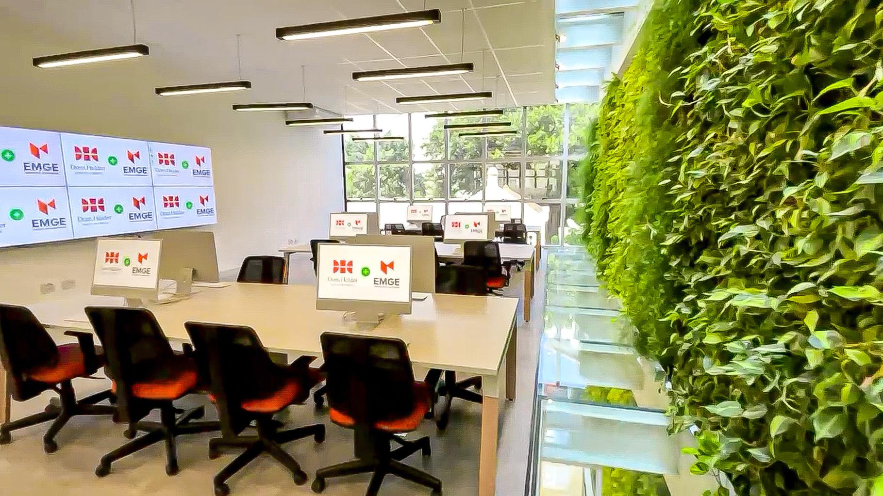 A estrutura da EMGE foi ampliada para receber os estudantes, com a criação de espaços tecnológicos para atender às necessidades de cada área.