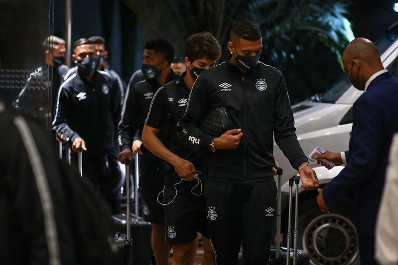 Grêmio tenta reagir no Brasileirão