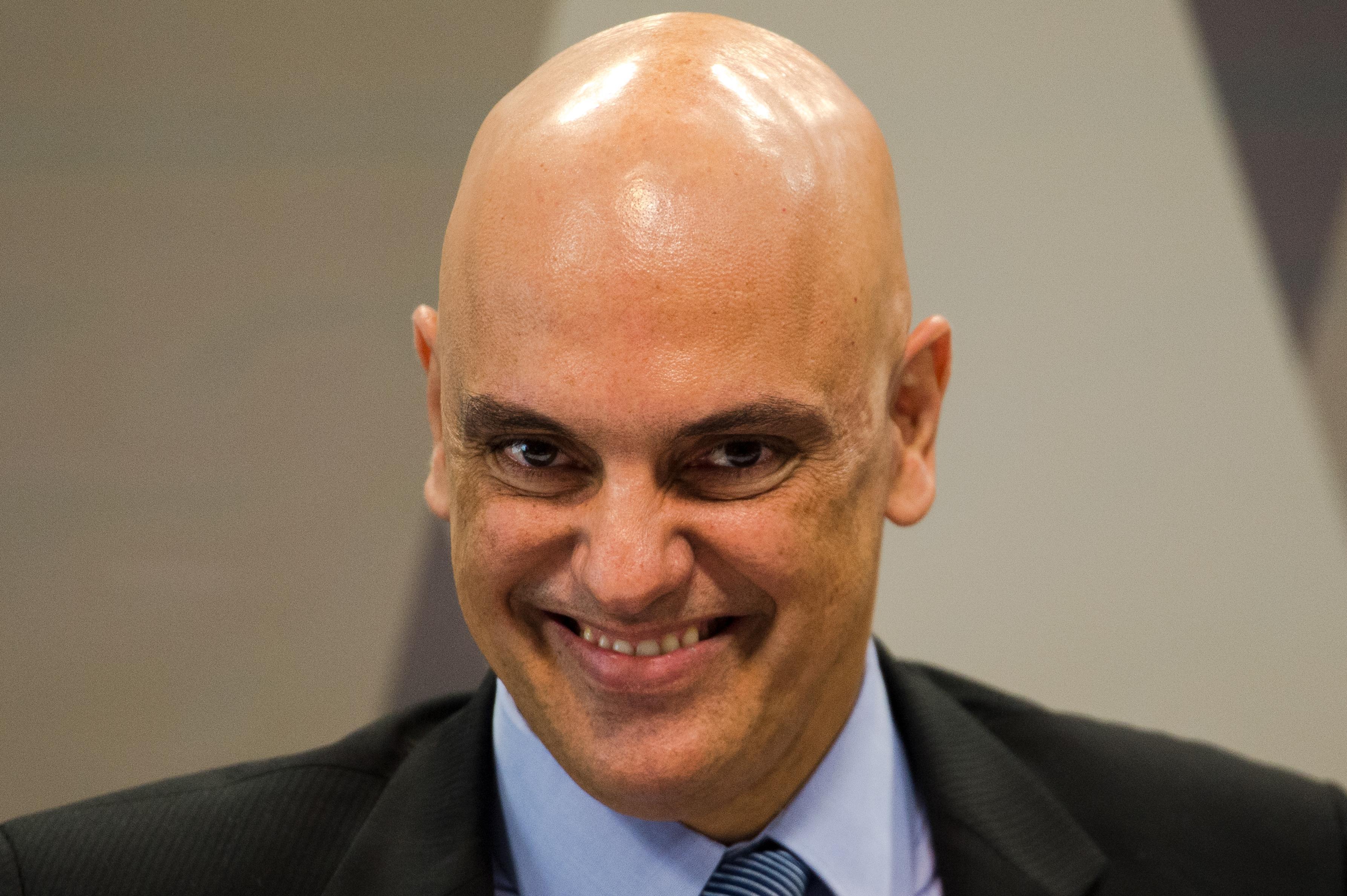 Ministro Alexandre de Moraes comanda investigações contra Bolsonaro