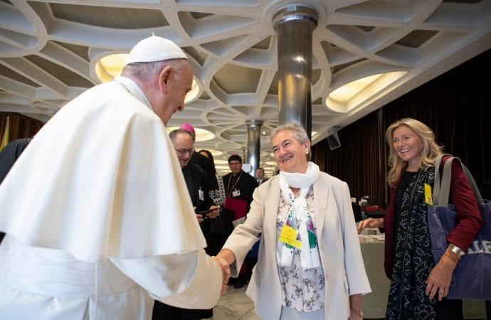 María Luisa Berzosa conhece Francisco há anos. Após participar do Sínodo dos jovens (2018), se tornou consultora permanente do Sínodo dos bispos