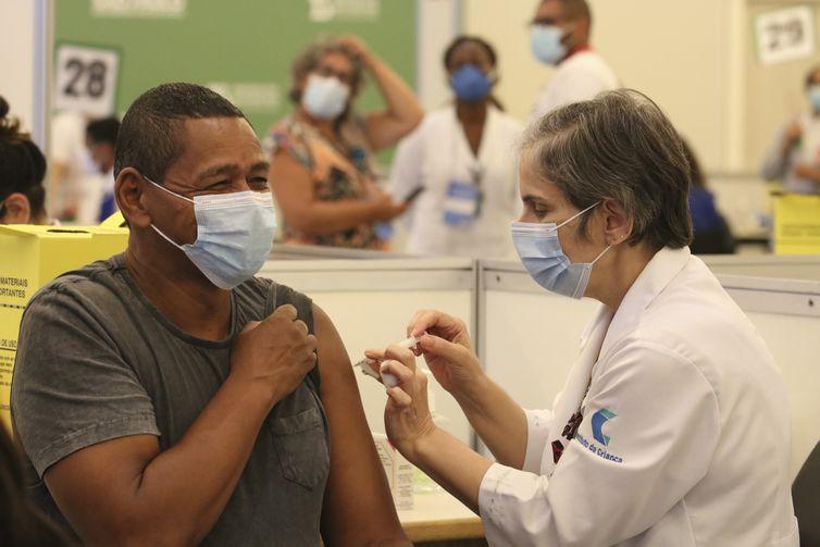 Dados fazem parte do Vacinômetro da Secretaria de Saúde do estado