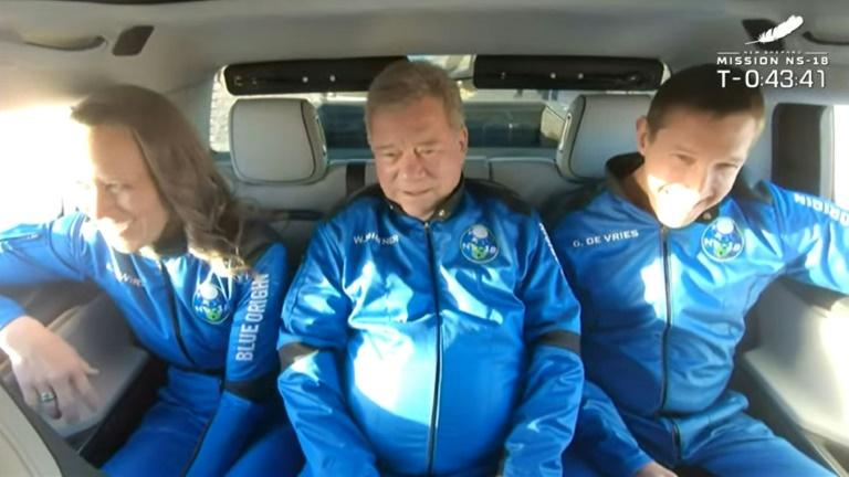 Membros da missão NS-18: o vice-presidente da Blue Origin, Audrey Powers; o ator 'Star trek' William Shatner; e a cofundadora da Medidata Solutions Glen de Vries
