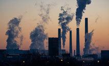 Produção de combustíveis fósseis tem previsão de alta e pode comprometer metas do clima (EllaIvanescu/Unsplash)