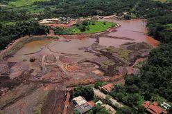Rompimento da barragem deixou mais de 270 mortos (Douglas Magno/AFP)