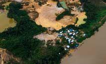 Garimpo na Terra Indígena Yanomami: estima-se que mais de 20 mil garimpeiros estejam no território atualmente (Acervo ISA)