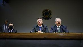 Governo Bolsonaro tenta amenizar impacto após furar o teto de gastos (Clauber Cleber Caetano/PR)