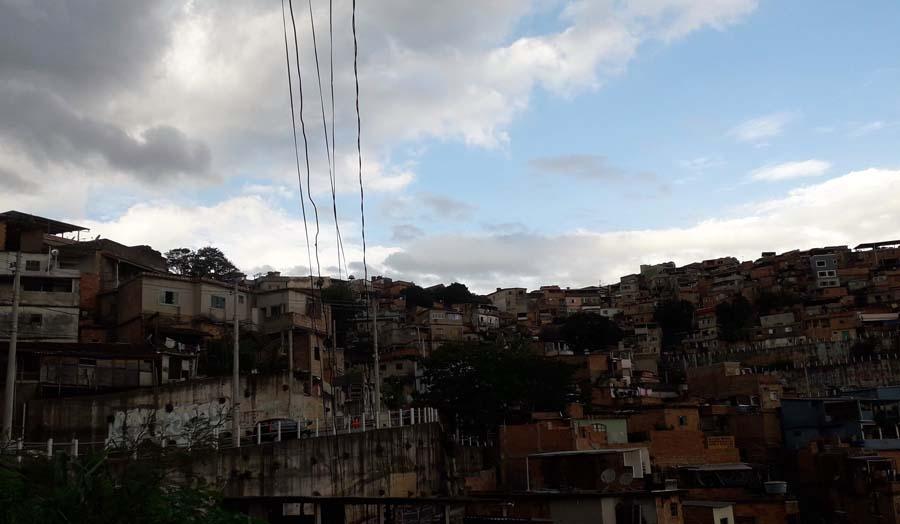 BH já tem casos de Covid-19 confirmados em pelo menos seis favelas