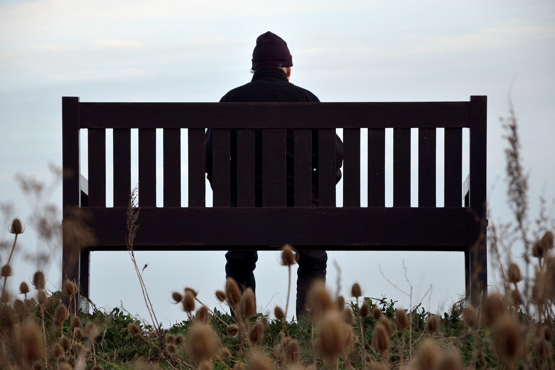 Nesses tempos, a distância física é uma expressão de amor ao próximo.