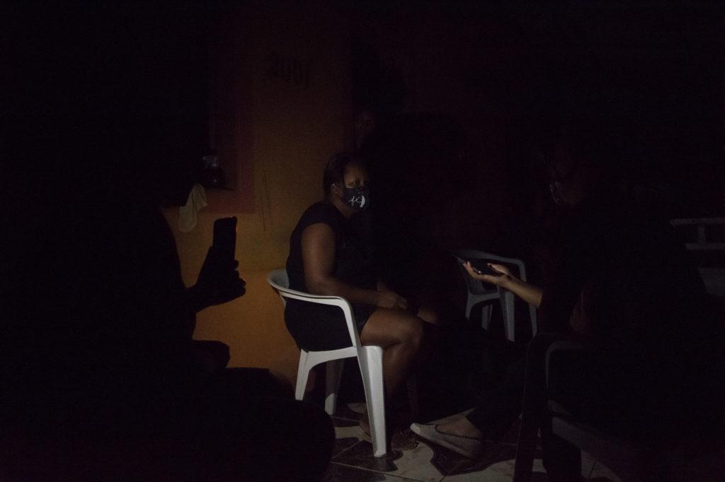 Tais Chagas, no quilombo Casa Grande ainda falta energia (Rudja Santos/Amazônia Real)