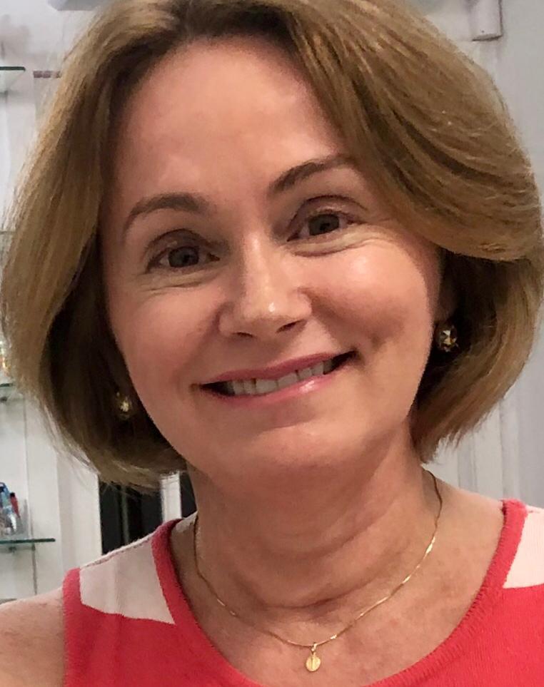 Profa. Lígia Maria Veloso, da Dom Helder