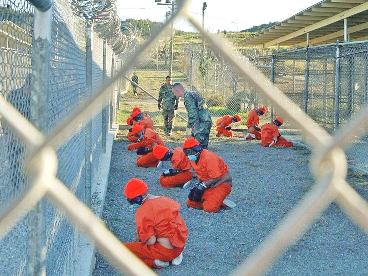 'Durante a ocupação dos EUA, Guantánamo tornou-se símbolo do desrespeito aos Direitos Humanos'