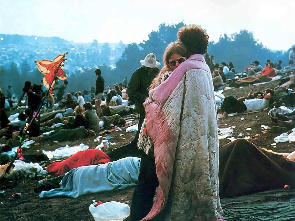 O pensamento de Russel influenciou o surgimento do movimento hippie nos anos 60