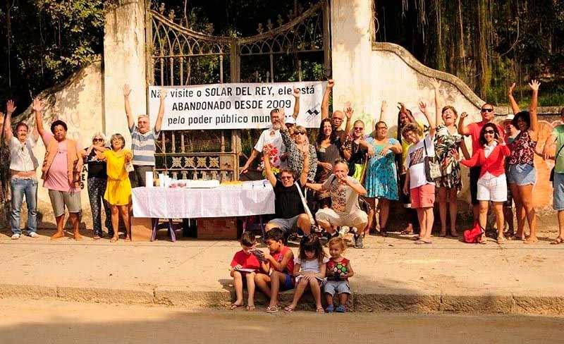 Moradores de Paquetá protestam contra o abandono do Solar del Rey (Movimento Baía Viva)