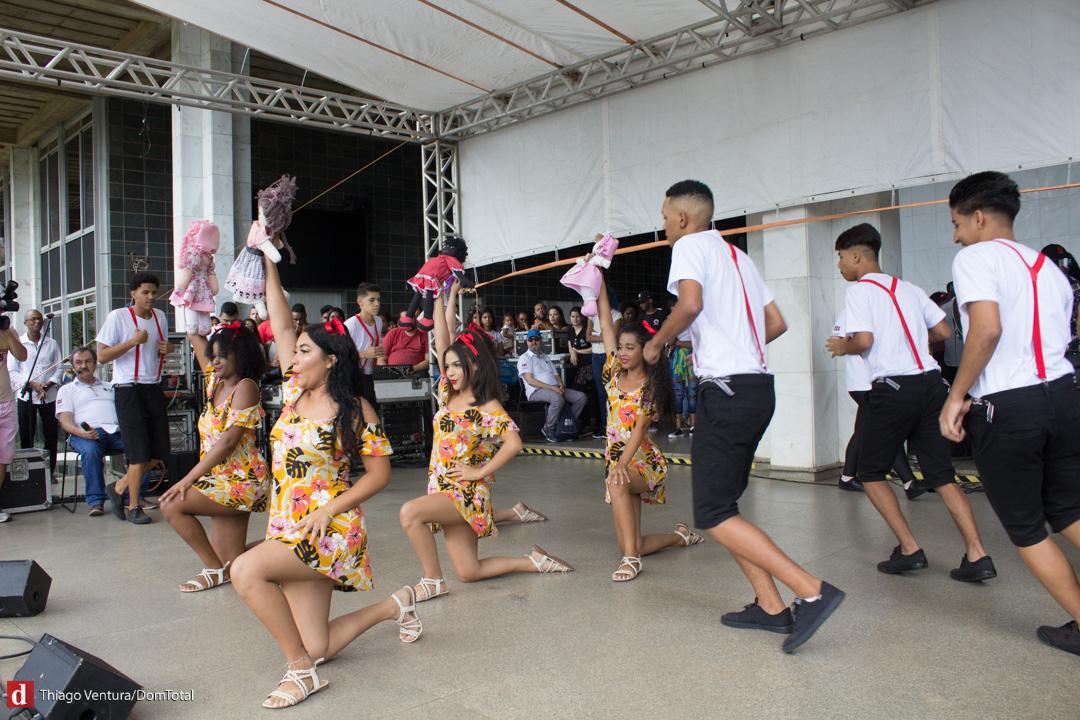 Estudantes durante Concurso de Dança EcoDom.