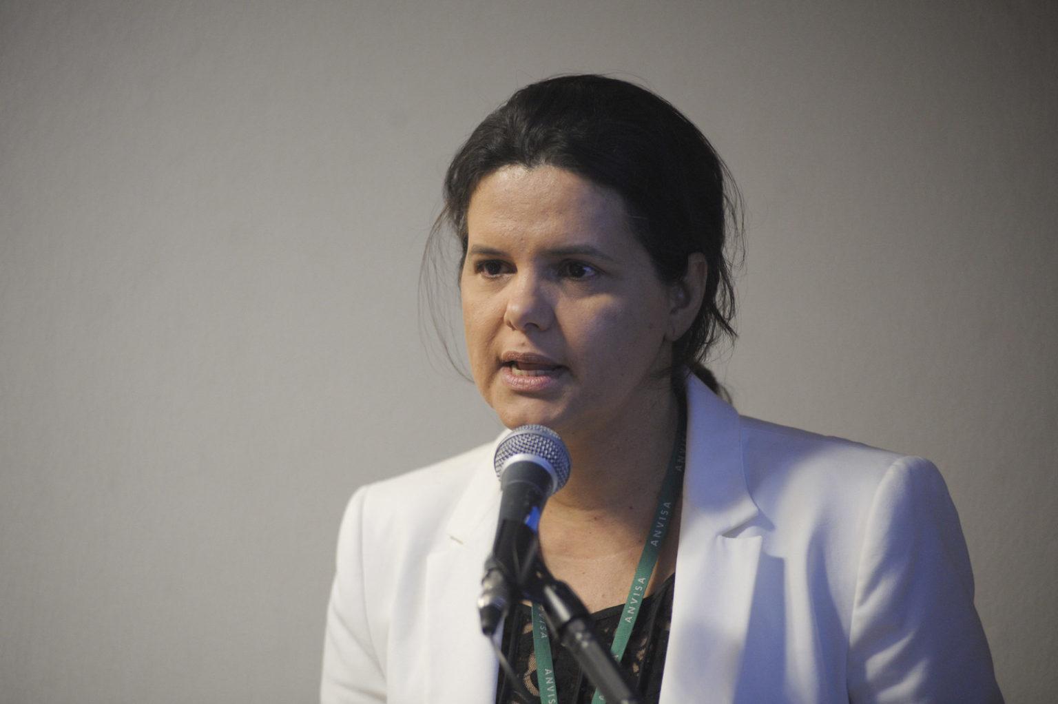 Meiruze Sousa Freitas, uma das diretoras da Anvisa, também foi voto vencido. Ela argumentou por adiar a proibição até 2021, conforme pedido pelos fabricantes e produtores rurais (Pedro França/Agência Senado)