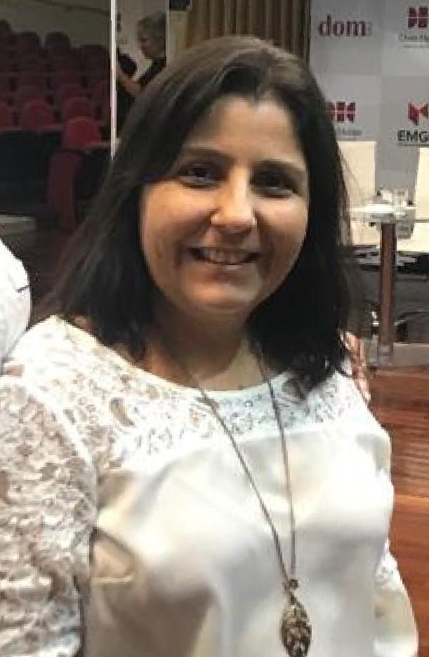 Profa. Maria Carolina Ferreira, da Dom Helder