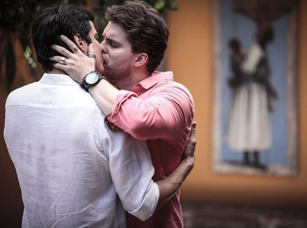 Primeiro beijo gay na telinha da Globo, na novela ´Amor à vida´ (Reprodução TV Globo)
