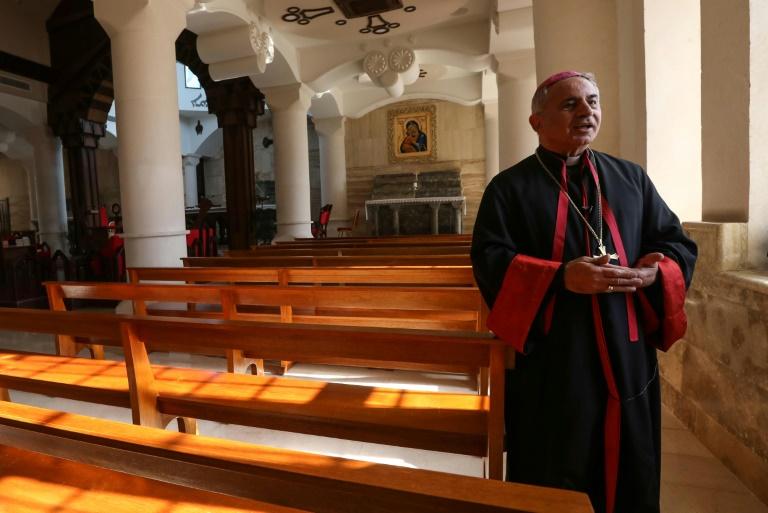 O arcebispo caldeu católico de Mossul, Najeeb Michaeel, prepara-se para a visita do papa Francisco ao Iraque, em março (Safin Hamed/AFP)