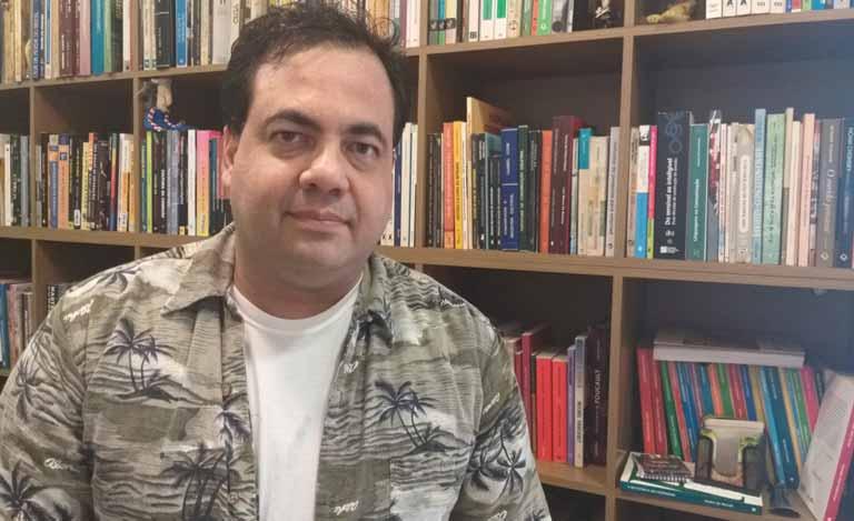O pesquisador Vinícius Prates sededica há 20 anos à esta pesquisa (Arquivo Pessoal)