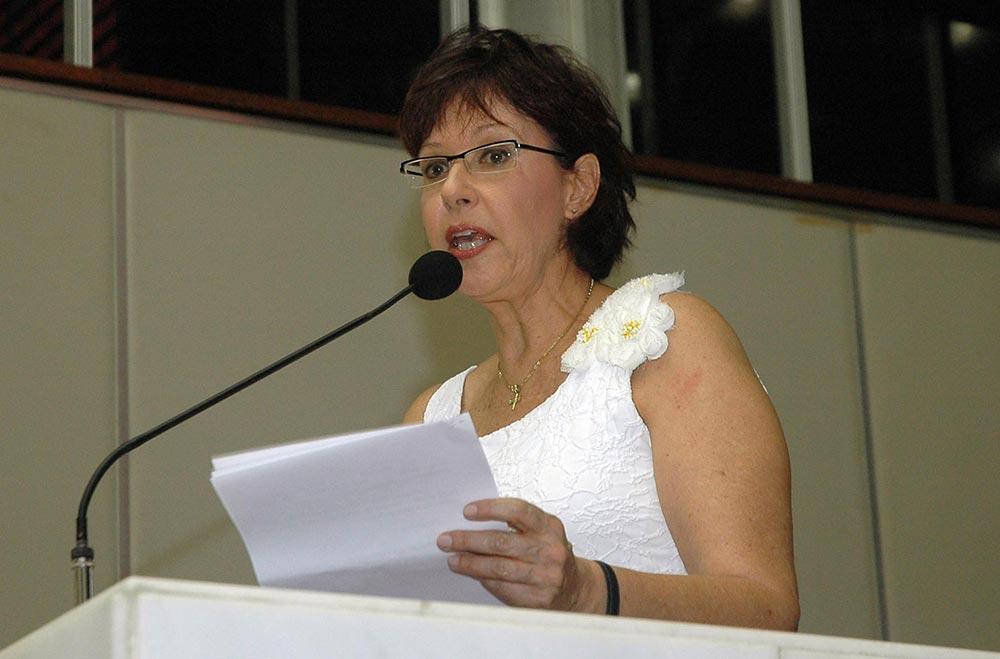 Ana Maria Resende foi deputada estadual e é casada com ex-prefeito de Montes Claros (Ricardo Barbosa/ALMG)