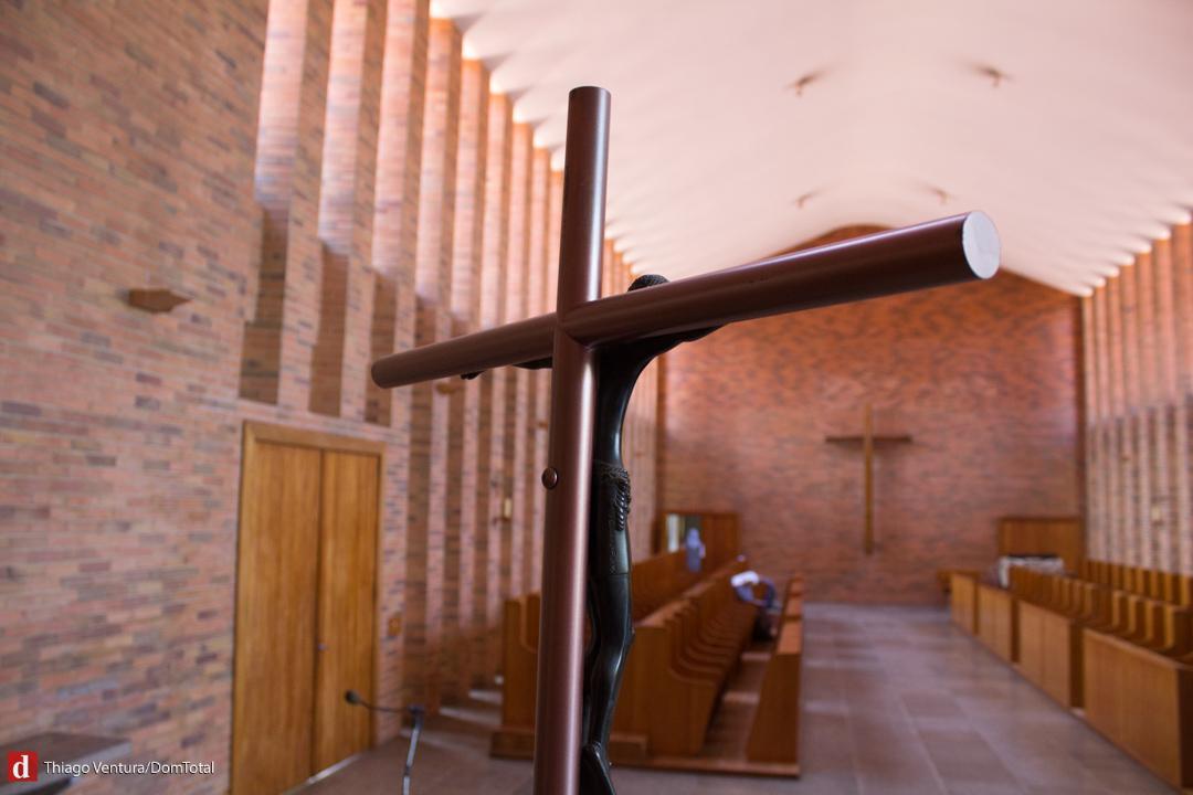 Igreja do Mosteiro tem duas naves em formato de L
