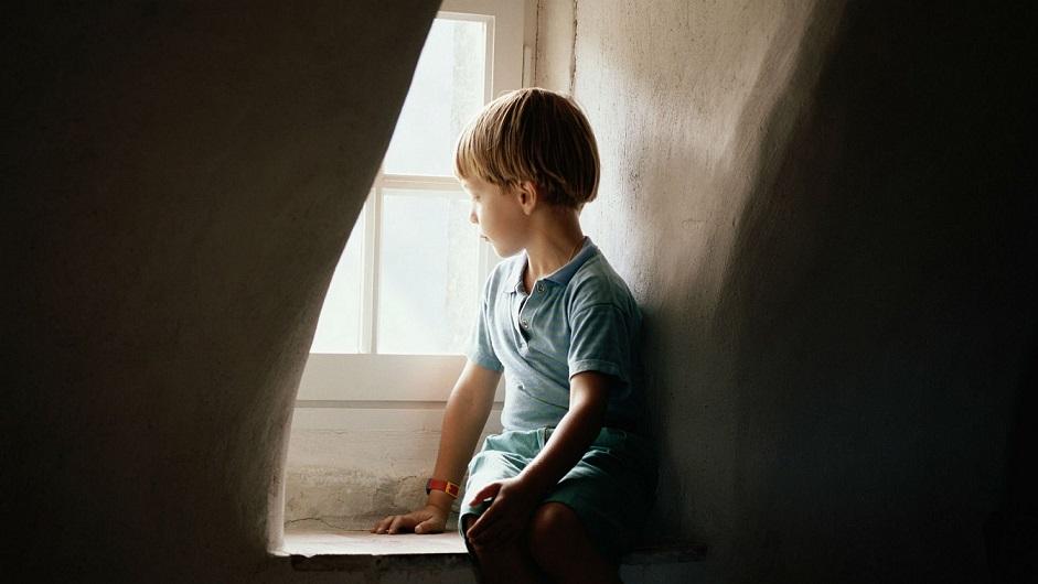 ´É importante a criança ficar perto de quem ela confia nesse momento de incerteza´